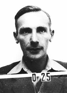 _en_Josef_Rotblat_ID_badge_los_alamos_1944.png