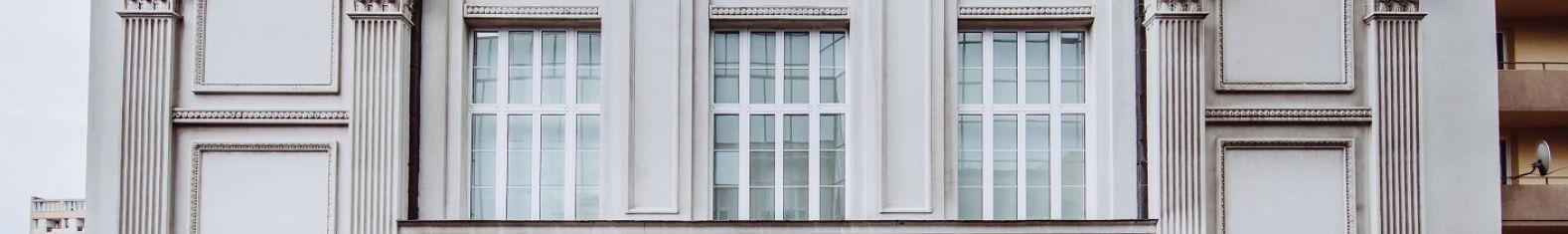 budynek_front.jpg